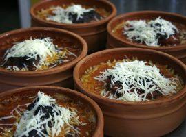 Γεύμα: Ένα αυθεντικό μαγειρείο στην Καλαμαριά